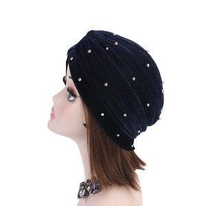 Image 5 - イスラム教徒の女性フリルベルベットビーズターバン帽子スカーフbanadansがん化学ビーニーキャップ帽子headwrapヘアアクセサリー