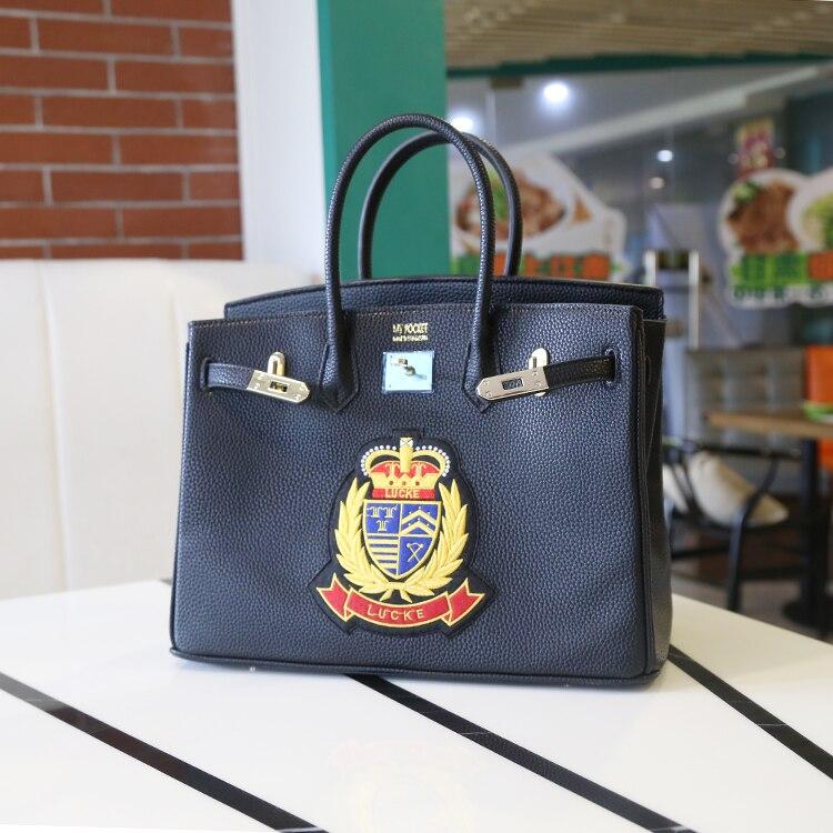 2016 Europe luxury handbags women bags Designer Royal emblem parcel platinum bag PU Leather Black tote bag 35CM Large capacity