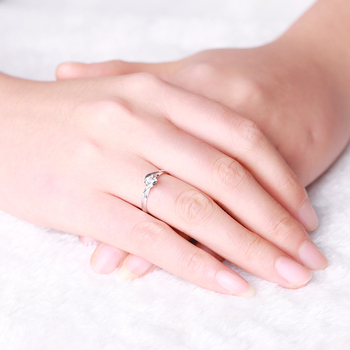18K Gold Luxury Lover's Couple Diamond Wedding Bands 6