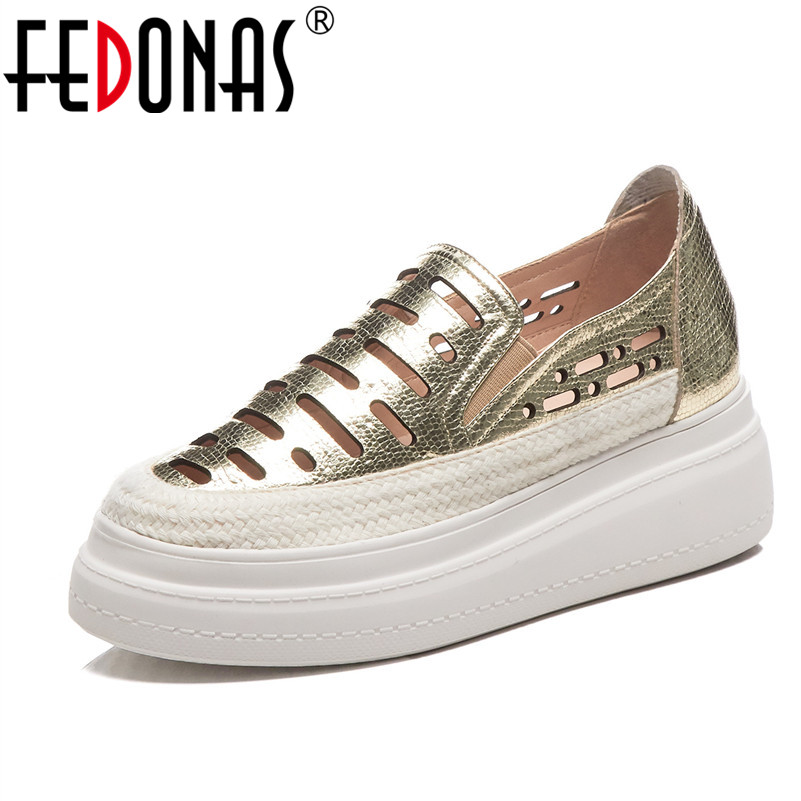 FEDONAS New Fashion Round Toe Women Flats 2019 Classic Design Soft Leather Casual Shoes Spring Summer Basic Shoes Woman-in Women's Flats from Shoes    1