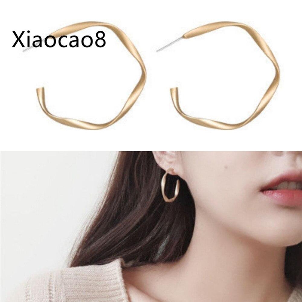 Trendy Women Simple Stud Earrings Fashion Metal Geometric Earrings All Match Earring Jewelry Wholesale Gold Pendientes Brinco