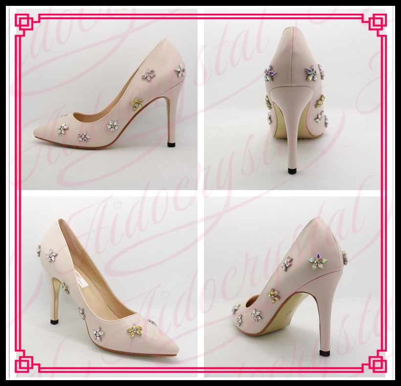 d8484b4aad05 Aidocrystal 2017 NEW Rhinestone Summer Sexy Diamond Light Pink High Heels  Stiletto Party Pumps Wedding shoes-in Women s Pumps from Shoes on  Aliexpress.com ...