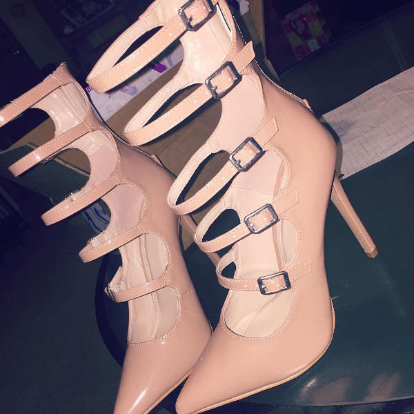 ФОТО Hot Selling Nude Patent Leather Strappy Caged Pointed Toe Heels 2017 Buckle Strap Gladiator Heels Woman High heel dress shoes