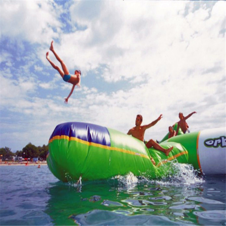 blob Bouncing Bag inflatable jumping bag size 5*3 M playing with water trampoline water park used blob blob big yellow