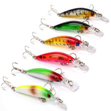 New 6-color Mini Minotaur Bait 7cm / 3.3g Freshwater Sea Fishing Bait Hard Lure Fishing Gear цены