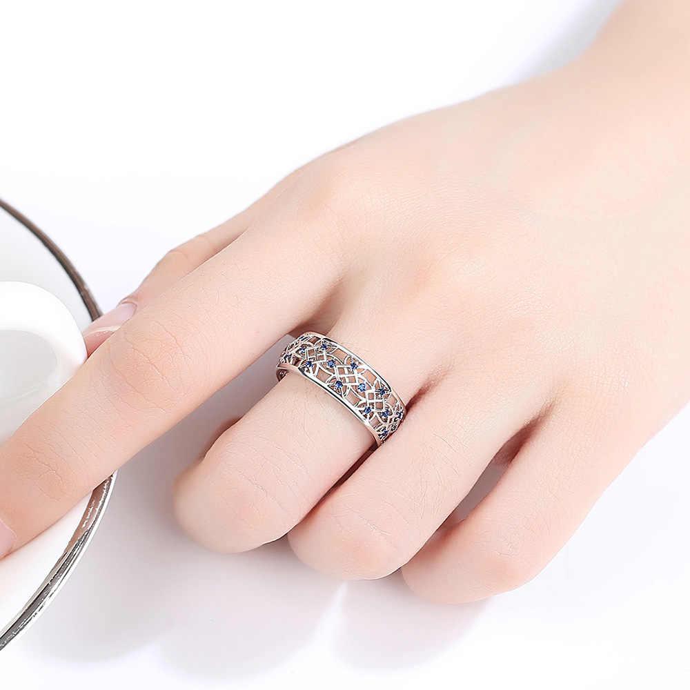 Beiverキュービックジルコニアリング女性のための中空 2 トーンリングホワイトゴールドジュエリーファッション人気のラインストーンの結婚指輪人間サンドバッグ