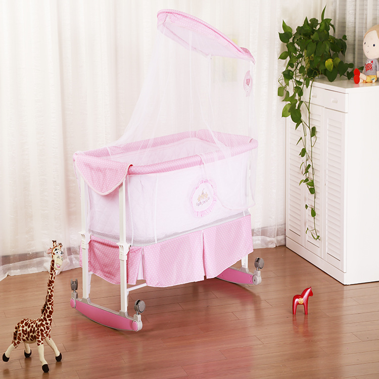 Genuine high quality multifunctional crib baby bed shaker cradle with wheels  easy to carry hot  sell newborn cradle foldable crib baby crib bed shaker cradle baby bed bb summer appease hong shui bed