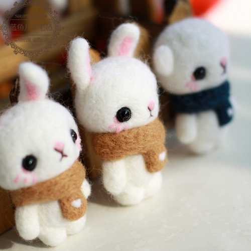 5g de aguja de fieltro de lana suave Natural de fibra teñida para DIY muñeca de costura Paquete de fibra de fieltro húmedo