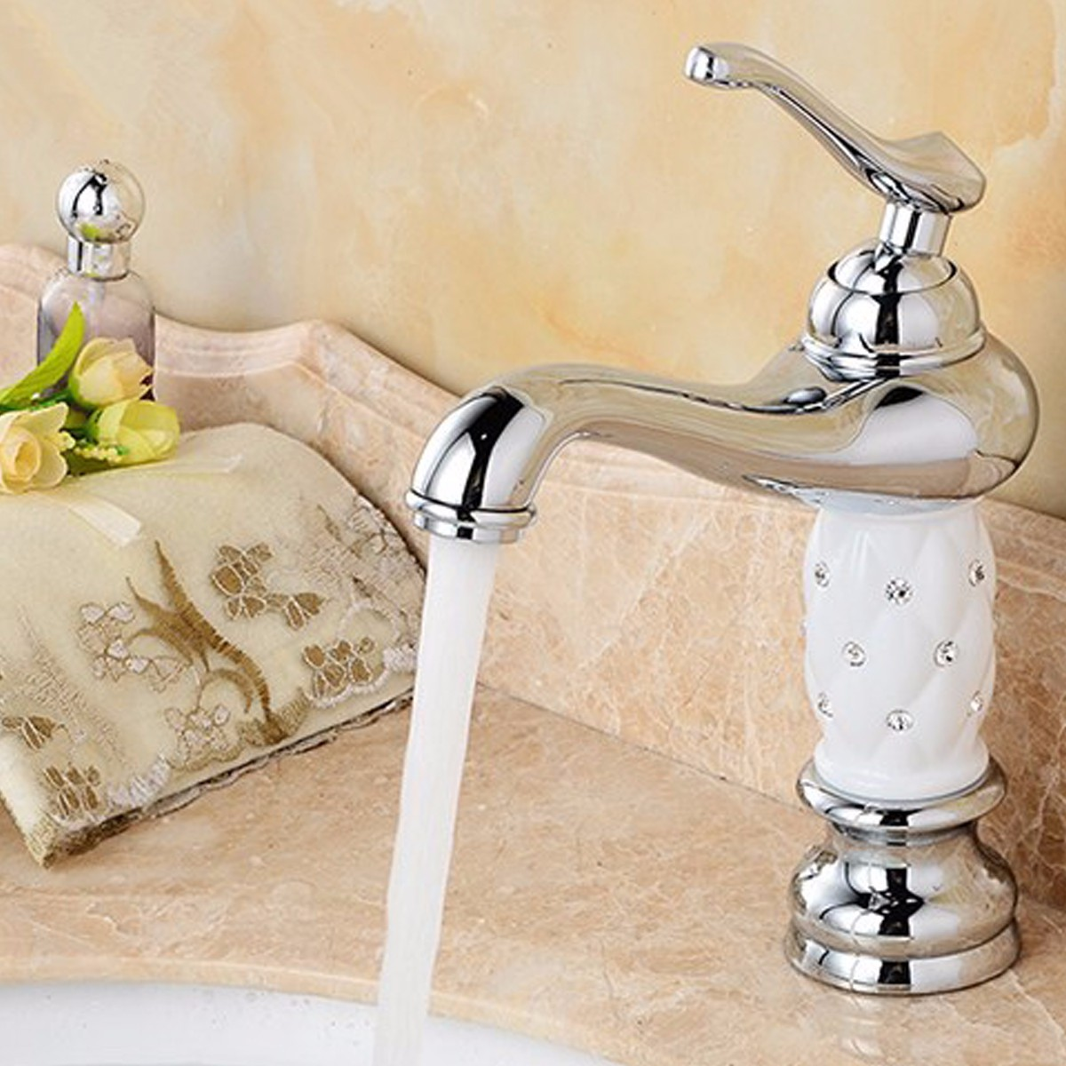 Xueqin Classical European Single Handle Basin Faucet Chrome Polished Bathroom Hot and Cold Water Sink Mix Tap Ceramic Handle