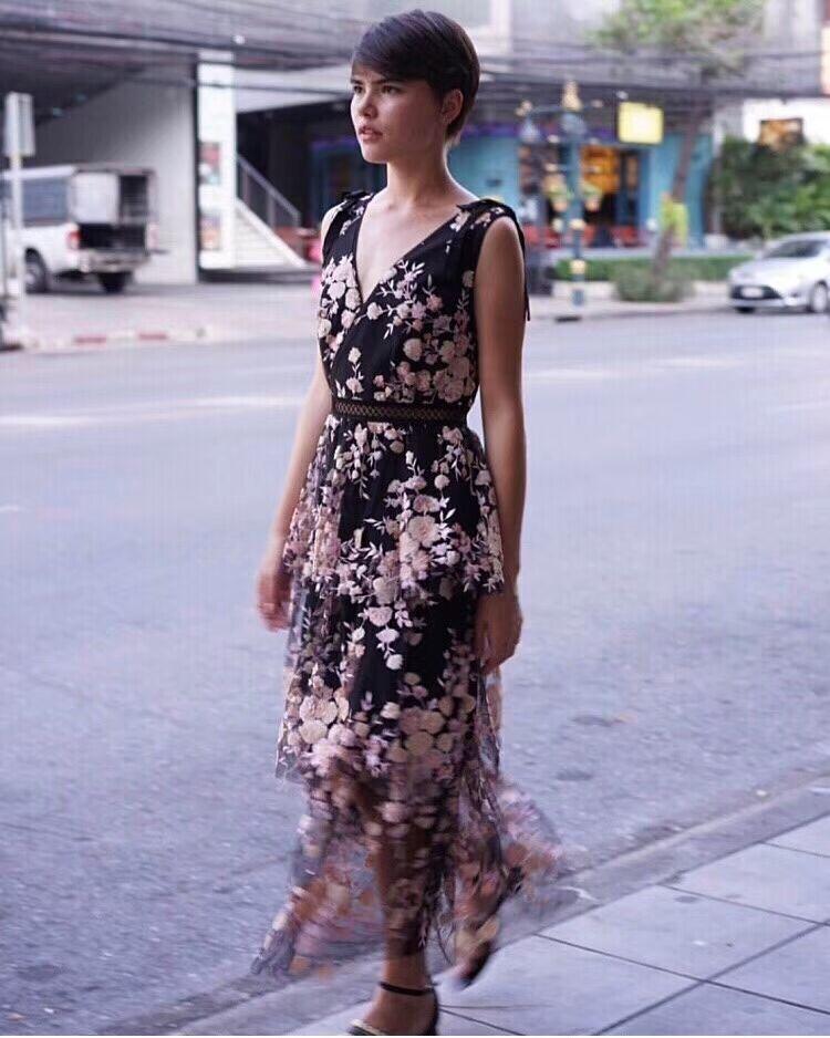 2019 New arrive Sequins black flower dress