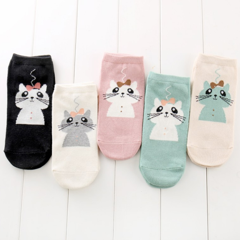 LNRRABC 1Pair Cartoon Cotton Breathable Women Socks High Quality Soft Elasticity Comfortable Cats 5 Colors Socks Drop Shipping