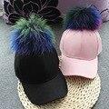 Высокое Качество Реального Радуги Мех Енота Мяч Женщины Бейсбол Hat Твердые Холст Помпонами Летние Женщины Casquette Hat Visor Cap