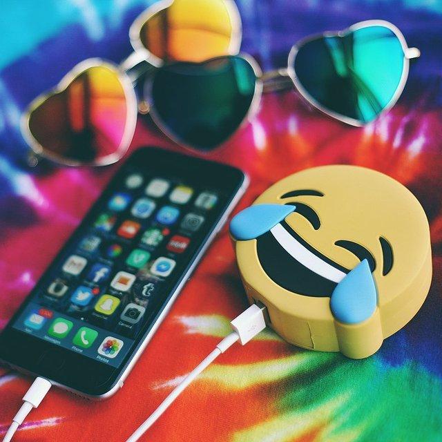 Emoji Pizza Batería de la Energía Bank 2600 mAh Cargador Portátil De Dibujos Animados Del Gato para iphone5 5S 6 s 6 más 7 7 plus xiaomi samsung teléfono cargador