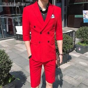 Image 2 - Tpsaade 패션 남자 2 조각 여름 더블 브레스트 화이트/레드/그레이/블루 슬림 맞는 짧은 재킷 웨딩 파티 드레스 신랑