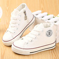 Kids shoes para la muchacha niños canvas shoes zapatillas de chicos 2017 primavera otoño girls shoes blanco sólido de alta moda niños shoes