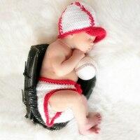 ทารกแรกเกิดการถ่ายภาพอุปกรณ์ประกอบฉากหมวกเบสบอลเครื่องแต่งกายสีแดงสีขาวทารกอุปกรณ์ภาพ...