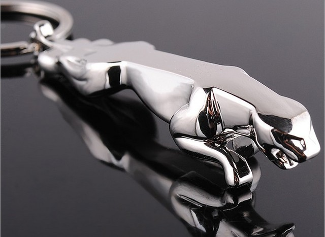 Metal Keychain Bag Charm Car Key Chain Fashion Jewelry Key Rings Jaguar Car Logo Best Friend