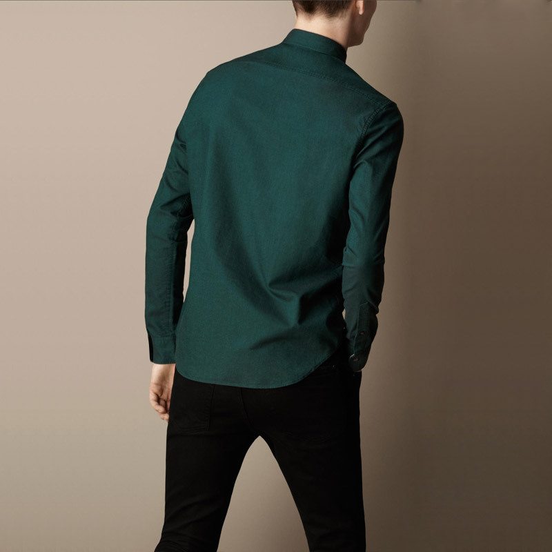 b520c4c00c17 WhitePigeon pointed collar cotton oxford men s long sleeved shirt forest  green men 100% cotton shirt Slim-in Dress Shirts from Men s Clothing on ...