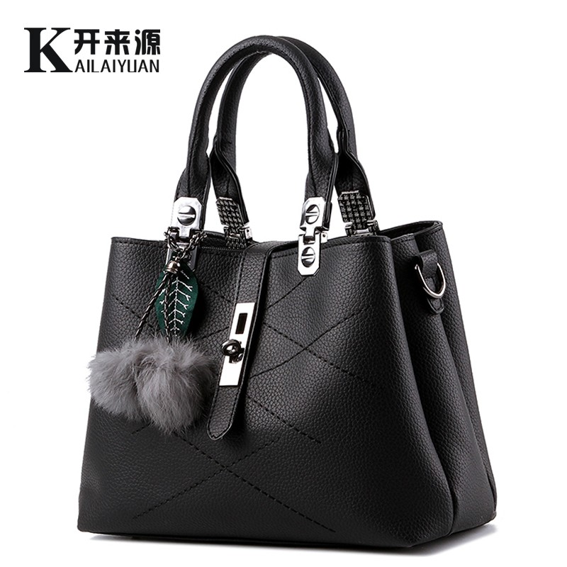 100% Genuine leather Women handbag 2017 New Classic styling sweet lady Messenge