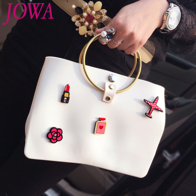 2017 new design women s fashion casual tote cartoon appliques handbags quality pvc crossbody bags gold open pocket jelly package 2017 New Design Women's Fashion Casual Tote Cartoon Appliques Handbags Quality PVC Crossbody Bags Gold Open Pocket Jelly Package