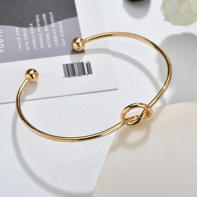 Simple Alloy Knot Cuff Gold...