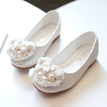 2018 New Lace Girls Leather Shoes Spring autumnChild girls princess shoes fashion lovely Girls baby flat Wedding Students shoess