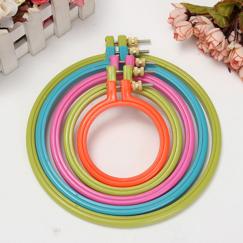Simple Plastic Frame Embroidery Hoop Ring Circle Round Loop For CrossStitch DIY Hand Needlecraft Household Craft Sewing Tools circle