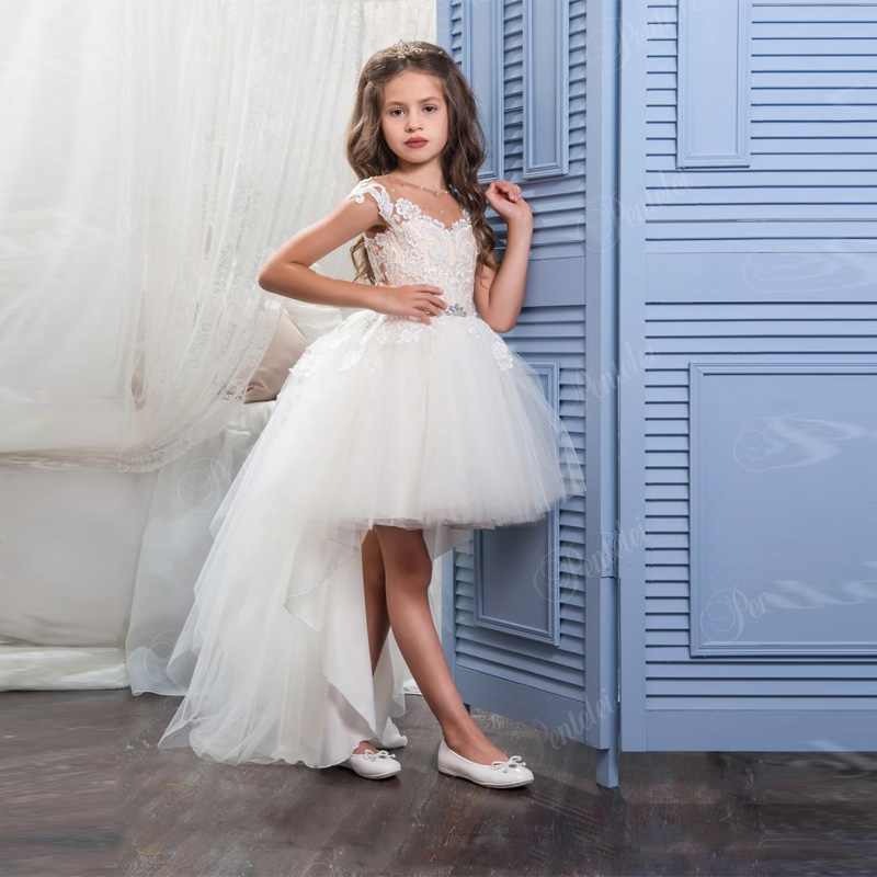 High Low Flower Girls Dresses for Weddings with Scoop Neck and Cap Sleeves Appliques Tulle Little Ball Gown Communion Vestidos