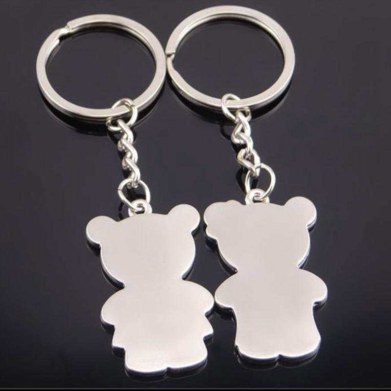 aa63cdeb1436 SUTEYI 1 par pareja Metal oso clave cadena llavero de plata los amantes del  Color de amor clave Cadena de Día de San Valentín regalo en Llaveros de  Joyería ...