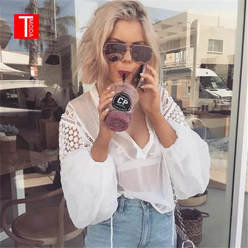T MODA 2017 Vintage Turtleneck White Lace Long Sleeve Shirt Top Woman Chiffon Perspective Blogger ins Hot Loose Blouse Blusa