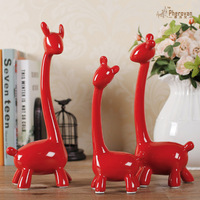 The three family of three red deer living room TV cabinet wedding gift wine giraffe ceramic ornaments