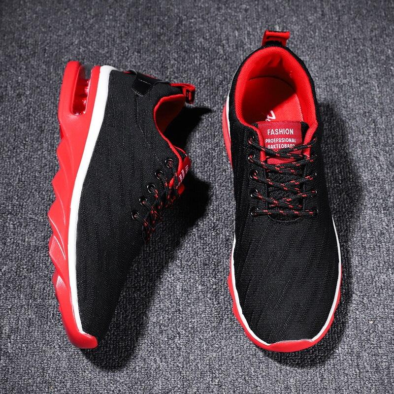 2018 Athletic Sneaker Slip on Athletic Footwear Black Red Designer Sneakers Air Cushion Runners Mens Designer Sneakers for Men
