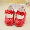 2016 de los niños sandalias de los bebés de primavera / verano de la flor de luz niñas sandalias de la princesa zapatos de bebé 0-1-2 años