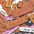 KALASO Großhandel 30 stücke Handgemachte Etiketten Kleidung Bekleidung PU Leder Etiketten Hand Gemacht Tags Jeans Taschen Schuhe DIY Sewing Supplies|Kleidungs-Etiketten|   -