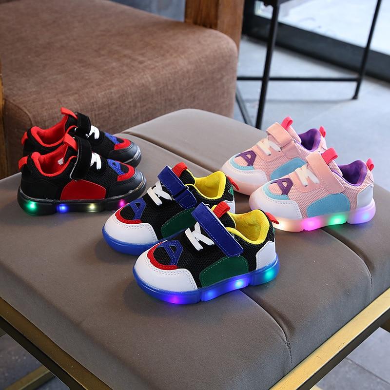 Baru 2018 Eropa Keren kulit LED menyala sepatu anak-anak fashion berkualitas tinggi sneakers Indah bayi laki-laki perempuan ...
