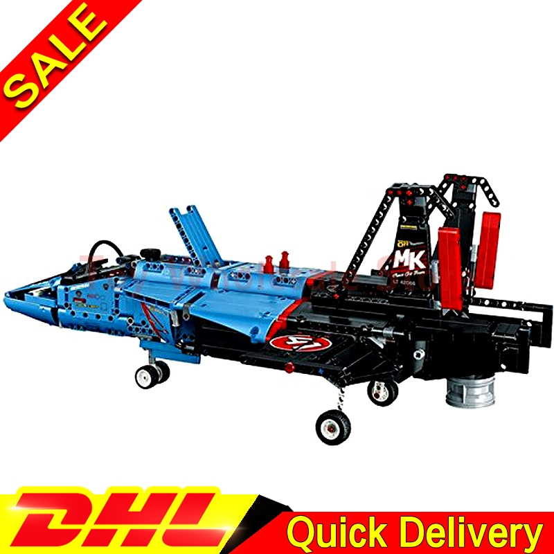 LEPIN 20031 1151pcs new Technic Series The jet racing aircraft Model Building Kits Set Brick lepins Toy Clone 42066 new lepin 16009 1151pcs queen anne s revenge pirates of the caribbean building blocks set compatible legoed with 4195 children