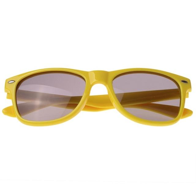 Vintage Square Sunglasses Men Women Brand Design Colors Frame Gray Lenes Rivet Sun Glasses Ouculos Limette de soleil femme UV400