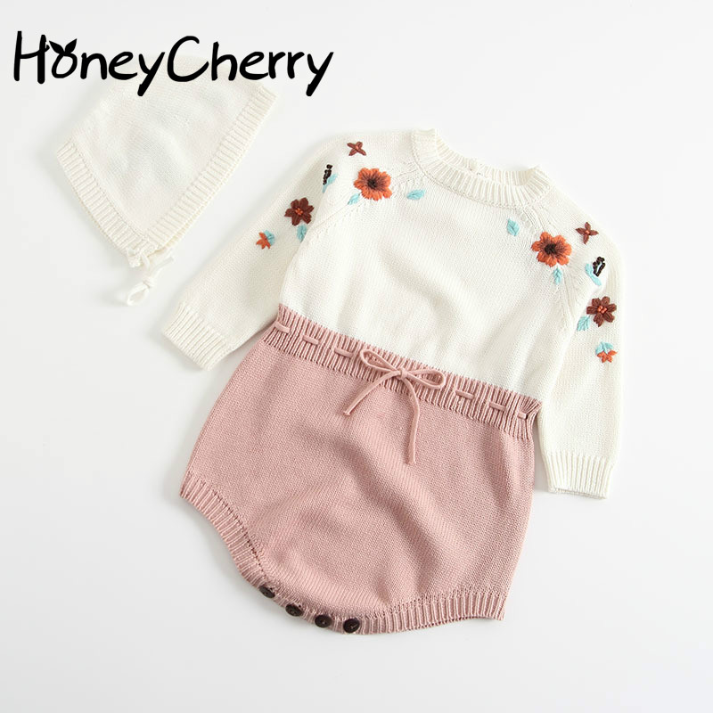 2020 Autumn Romper Baby Knitted Hats Pure Hand-made Embroidered Conjoined Clothes Girl Triangle Climbing Jacket And Hat.
