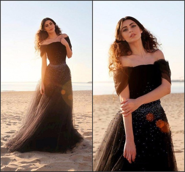 Modern Vintage Beach Prom Dresses 2017 Heavy Beaded Puffy Black Dress Tulle Long Pageant Gowns