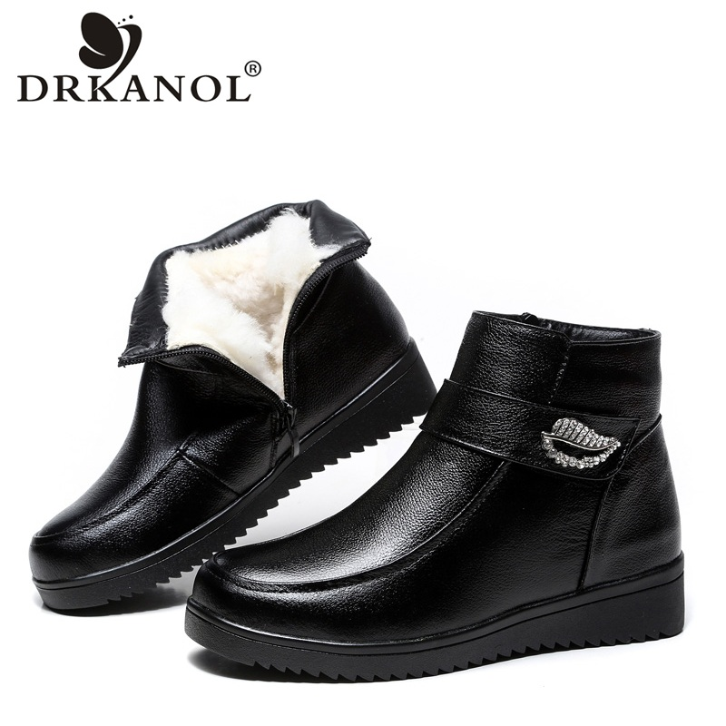 DRKANOL 2019 Big Size 35-43 Women Snow Boots Thick Plush Warm Winter Ankle Boots Women Flat Shoes Genuine Leather Waterproof