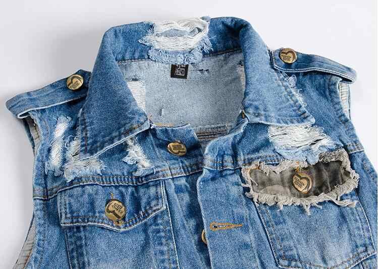 男性のデニムベスト男性五芒星の手紙上着パッチワークデニムジャケットリッピングジーンズジャケット