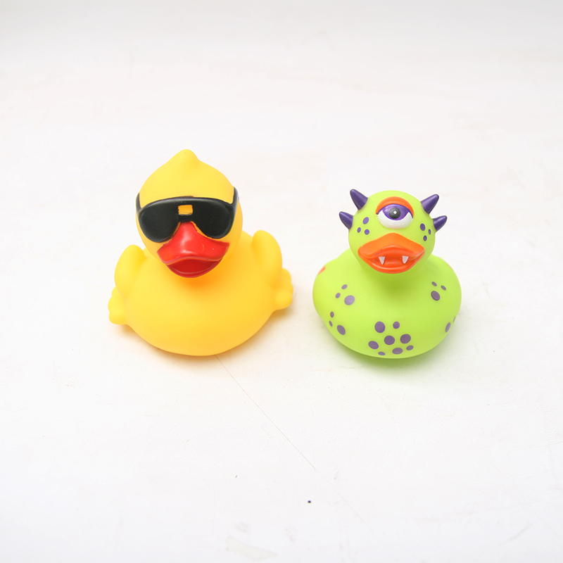 2PCS Cute Baby Girl Boy Bath Bathing Classic Toys Rubber Race Yellow duck cute baby rattle bath toy squeeze animal rubber toy duck bb bathing water toy race squeaky yellow duck classic toys reborn gift