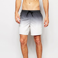 2018 Newest Summer men beachwear Gradient 4 colors men sportswear beach shorts swimming trunks for swimming swimwear surf swims