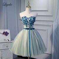 Liyuke Сердце Аппликации на бюст часть с поясом платье для выпускного вечера линия вечернее платье без Бретелек Платье До Колена