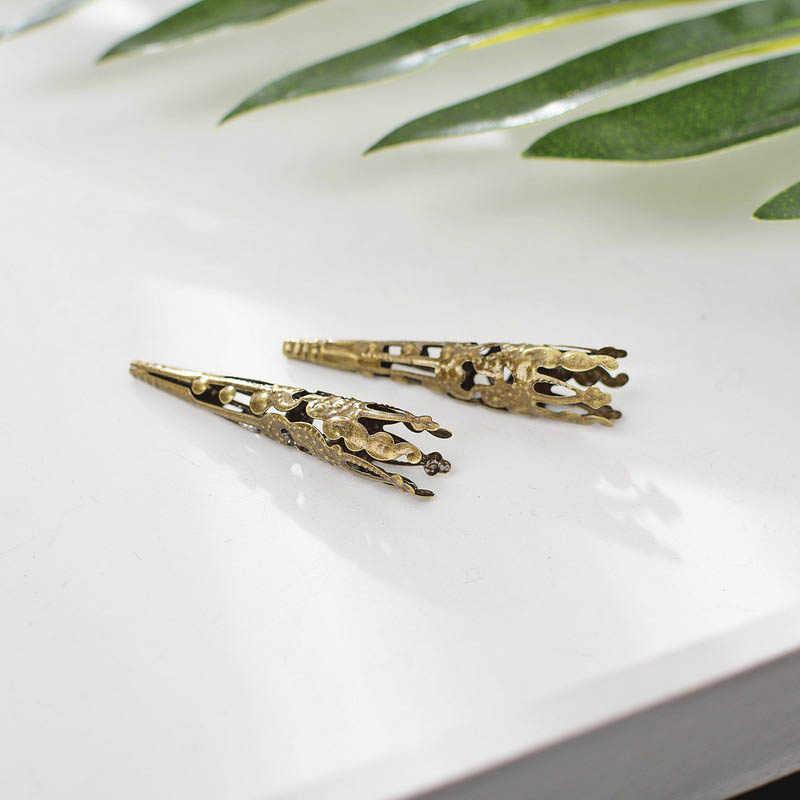 50 ชิ้นยาว Filigree ดอกไม้ถาด Hollow พู่หมวก Vintage Bronze DIY ลูกปัด Charm Connectors ผลการค้นหาเครื่องประดับ Supply