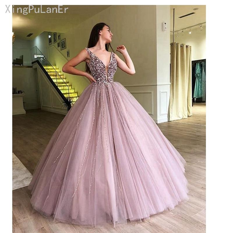 2019 robe de bal gonflée de luxe longue Quinceanera robes col en v profond doux 16 seize perlée fête arabe lilas Quinceanera robe