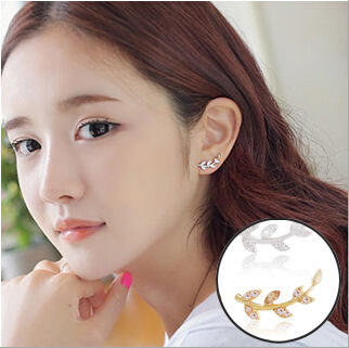 sweet cute leaf stud earrings for women bijoux fashion jewelry wholesale ear cuffs classic delicate rhinestone decoration