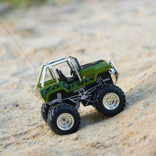 Racing Car Mini RC Off-road Vehicle 2wd Radio-controlled Electric RC Car Rechargeable Off-road Model Toys 8013