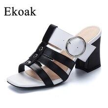 a1297e8bf Ekoak Novos sapatos de Salto Alto Verão Gladiador Sandálias Mulheres Roma  Genuíno Couro De Vaca Clássico Preto Branco Senhoras V..