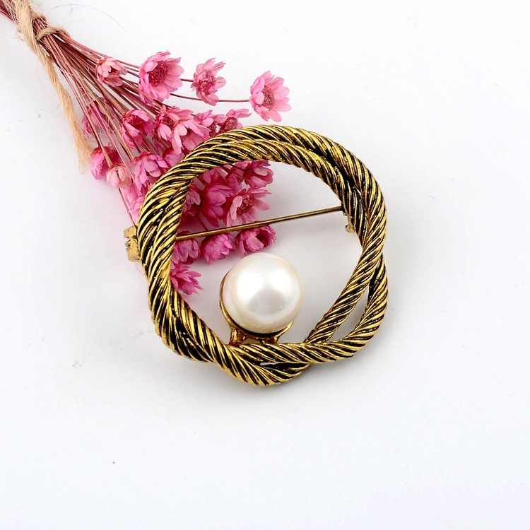Винтажная одежда с фиксированным платьем, нескользящая брошь с жемчугом, завязанная Золотой кардиган, брошь для шарфа Женские аксессуары, бижутерия